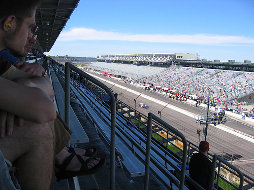 Indianapolis Speedway:Kiss the Bricks